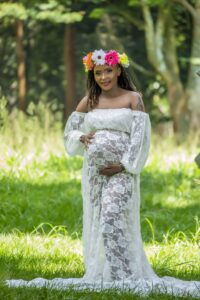 6 Maternity Photo Trends Every Pregnant Mama Will Love